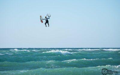 ANDALUCÍA INFORMACIÓN | BARBATE El Big Air Caños de Meca reúne a los mejores riders de esta modalidad de kitesurf