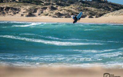 COPE | La Spain KiteBoarding League da un Gran Vuelo sobre el Covid-19